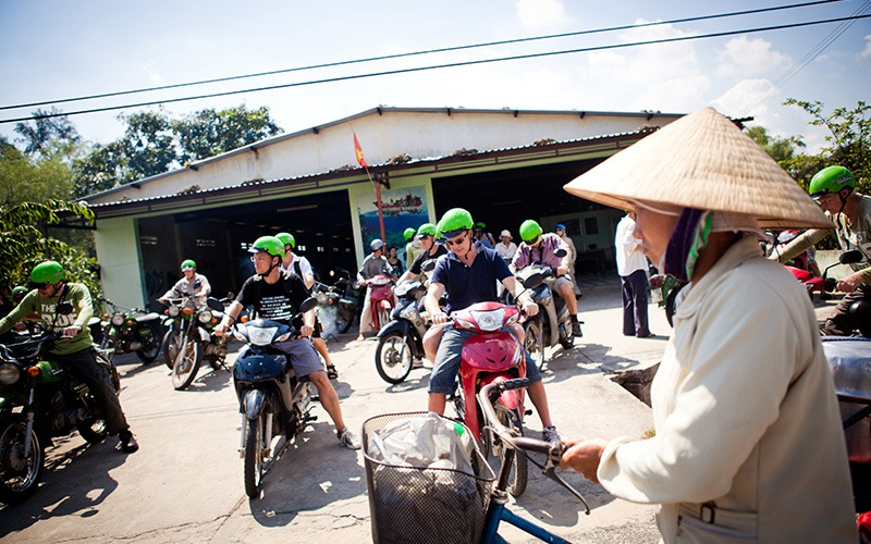 vietnam motorcycle tours travel style big groups